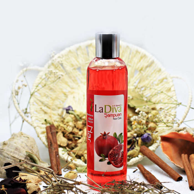 LaDiva Pomegranate Shampoo 250ml.